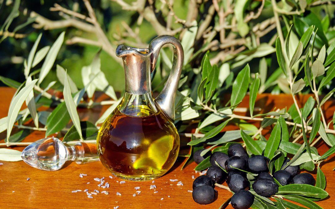 Mediterranean Diet, Physical Activity Linked to Lower Alzheimer's Risk